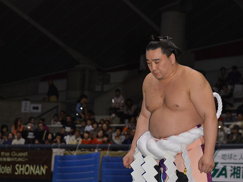 礼を重んじる横綱日馬富士。